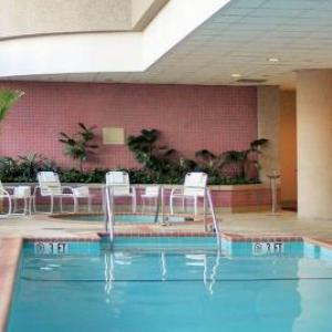 Hotels near Congressional Country Club - Bethesda Marriott Suites