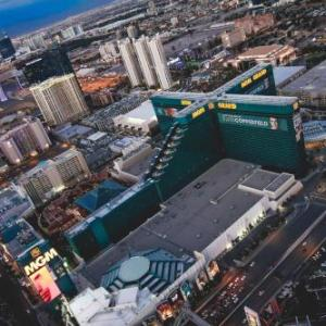 Hotels near MGM Grand Garden Arena - MGM Grand Hotel Casino