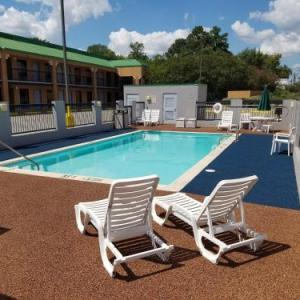 Rapides Parish Coliseum Hotels - Quality Inn Alexandria