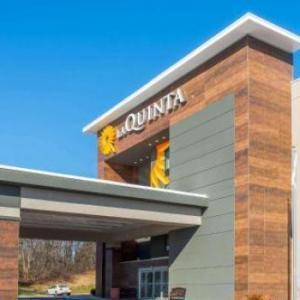 Aberdeen Proving Ground Hotels - La Quinta by Wyndham Aberdeen-APG