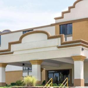 Hager Hall Conference and Events Center Hotels - Days Inn Hagerstown