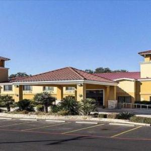 SureStay Plus Hotel by Best Western San Antonio North