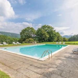 Book Now Holiday Home La Capanna - Agr.Casanova (Lugnano, Italy). Rooms Available for all budgets. Holiday Home La Capanna - Agr.Casanova is a holiday home with an outdoor pool situated in Lugnano. The unit is 47 km from Assisi. Free WiFi is available throughout the propert
