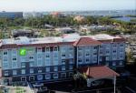 Indian Shores Florida Hotels - Holiday Inn Express & Suites - St. Petersburg - Seminole Area