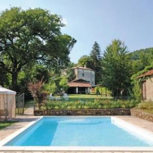 Book Now Holiday Home Casa Vitiano (Lugnano, Italy). Rooms Available for all budgets. Situated in Lugnano in the Umbria Region this holiday home is 47 km from Assisi. It provides free private parking.The kitchen has a dishwasher a microwave and a fridge as well