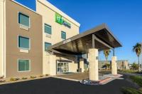 Holiday Inn Express Bastrop Image