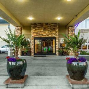Comfort Inn & Suites Redwood Country
