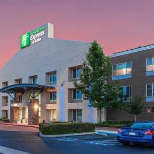 Holiday Inn Express & Suites Elk Grove - Sacramento