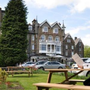 Hotels near Royal Hall Harrogate - Cairn Hotel