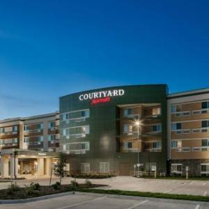 Courtyard By Marriott Omaha Bellevue At Beardmore Event Center