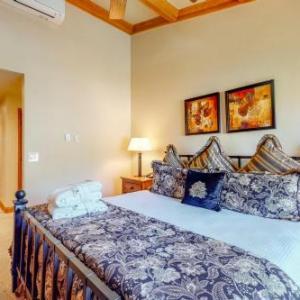 Hotels near Vilar Performing Arts Center - The Charter At Beaver Creek