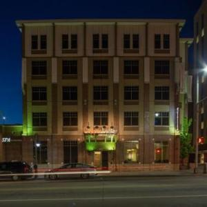 Fox Cities PAC Hotels - Copperleaf Boutique Hotel & Spa