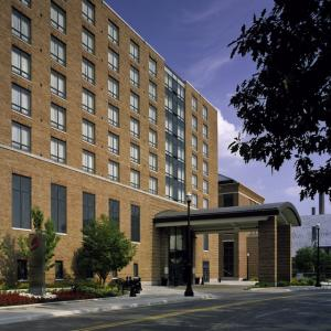 St John Arena Columbus Hotels - The Blackwell Inn And Pfahl Conference Center
