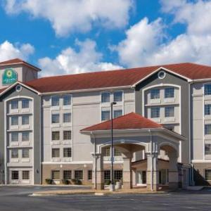Hotels near Foxhall Resort and Sporting Club, Douglasville, GA