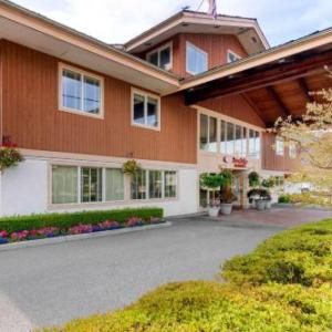 Hotels near Kay Meek Centre - Comfort Inn & Suites