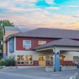 Hotels near University of Lethbridge Community Stadium - Super 8 By Wyndham Lethbridge