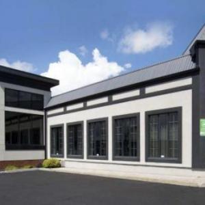 Centre Sportif Lacroix-Dutil Hotels - Comfort Inn St. Georges De Beauce