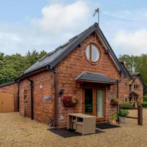 Victoria Park Warrington Hotels - Acorn Cottage