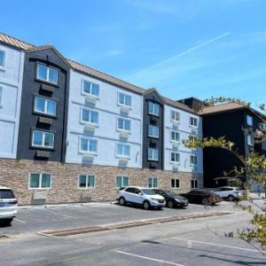 Hotels near Bottle & Cork - Quality Inn & Suites Rehoboth Beach - Dewey