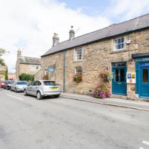 Hotels near Chatsworth House Bakewell - Holly Cottage B&B