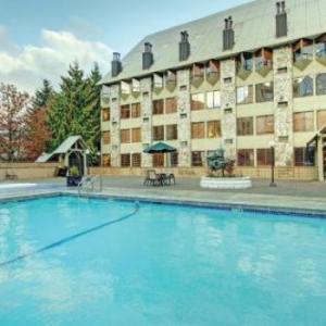 Mountainside Lodge Whistler