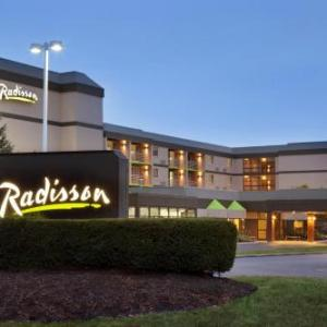 Highland Theater Akron Hotels - Radisson Hotel Akron/Fairlawn
