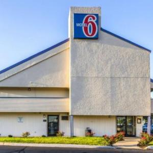 Motel 6 Grove City