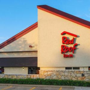 Hotels near Lake Erie Speedway - Red Roof Inn Erie