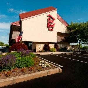 Hotels near Jergel's Rhythm Grille - Red Roof Inn Pittsburgh North - Cranberry Township