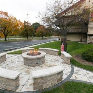 Hotels near Thurber Theatre - Red Roof Inn PLUS  Columbus-Ohio State University OSU
