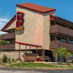 Red Roof Inn PLUS+ St. Louis -Forest Park /Hampton Ave.
