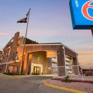 Phil Long Expo Center Hotels - Howard Johnson Colorado Springs