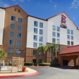 Hotels near Sam's Burger Joint - Red Roof Plus  San Antonio Downtown - Riverwalk