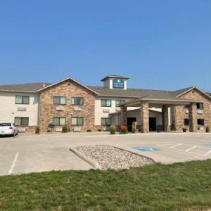 Boulders Inn & Suites - Clarion