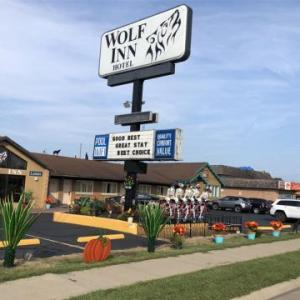 Hotels near Ghostly Manor Thrill Center - Wolf Inn Hotel
