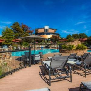 Hotels near Shawnee Bluff Vineyard - The Lodge Of Four Seasons Golf Resort & Spa