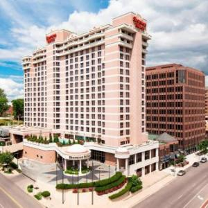 Shawnee Mission North High School Hotels - Sheraton Suites Country Club Plaza