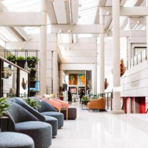Hotels near Broadway Center Tacoma - Hotel Murano