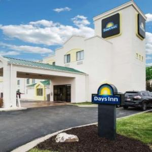 Sports City Blue Springs Hotels - Days Inn By Wyndham Blue Springs