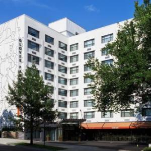 Hotels near Washington National Cathedral - Kimpton Glover Park Hotel