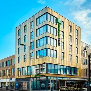 Hotels near Questors Theatre - Holiday Inn Express London-Ealing
