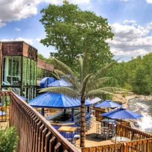 Mohegan Sun Pocono Hotels - The Woodlands Inn An Ascend Collection Hotel