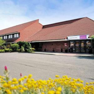 Hotels near Howden Park Centre Livingston - Mercure Livingston Hotel