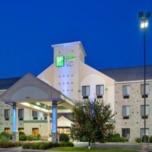 Michiana Event Center Hotels - Holiday Inn Express Hotel & Suites Elkhart-South Indiana