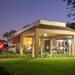 Sunrise Theatre Fort Pierce Hotels - Red Roof Inn Ft Pierce