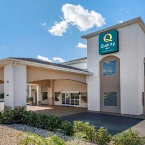 Hotels near Pasco County Fairgrounds - Ramada Zephyrhills