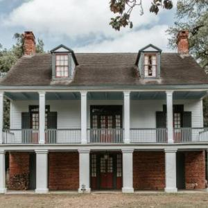 Hotels near Domingue Recreation Center - Mouton Plantation