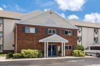 Suburban Extended Stay Melbourne Image
