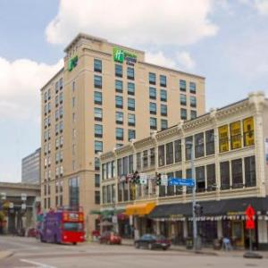 PNC Park Hotels - Holiday Inn Express & Suites Pittsburgh North Shore