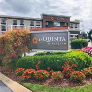 Hotels near Fortera Stadium - La Quinta Inn & Suites Clarksville